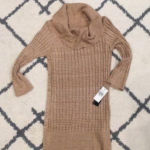 NEW W/ TAGS tan sweater size small